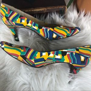 Mama Mia! vintage multi colored heels